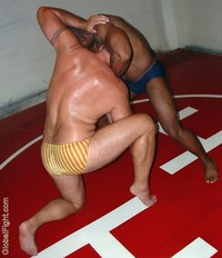 gay sex bears gay wrestling sweaty hot bears fighting gaysexwrestling