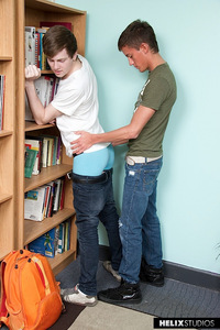 gay sex in van kurt summers alexander van kamp fratboys twinks library