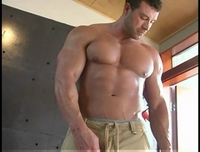 giant muscle men matt davis flv muscle giant bodybuilder von