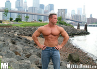 giant muscle men force hot male bodybuilder giant muscle brooklyn daddy