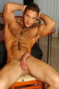hot hunk muscle mathew cameron sexy hairy muscle hunk category news gossip buzz page