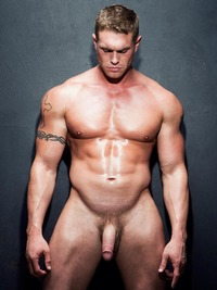 hot muscle men gay bryce tucker