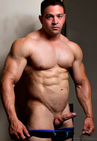 hot muscled hunk hot men muscle stud muscled hunk