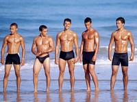 hot pics of men sexy men beach wallpapers