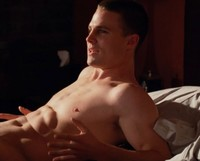 hung men cocks stephen amell hung episode hbo finally cancels crap shows how make america bored death