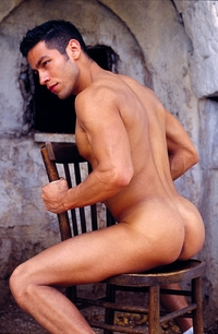 Italian muscle men ricky lucas kazan italian latin gay men latino straight naked pics gallery tube video photo
