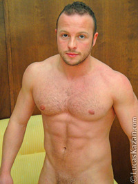 lucas kazan Pictures gallery lucaskazan diego fronde muscle hunk shows his perfect hairy chest cock