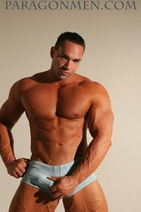 men hunk muscle bodybuilder muscle hunk hayden taggert jacks off his mushroom head cock paragon men mid