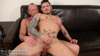 muscle daddy gay porn dsc bareback that hole hairy muscle daddy chad brock fucks draven torres