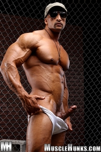 muscle huks nude bodybuilder rico cane jerks fat muscle cock hunks photo his