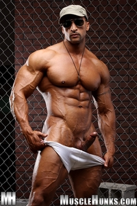 muscle huks nude bodybuilder rico cane jerks fat muscle cock hunks photo