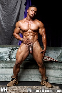 muscle hunk gay pic black muscle bodybuilder devon ford gets naked jerks hunks ripped strips strokes his hard cock torrent photo hunk gay