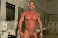 muscle hunk gay porn gthumb menonedge derek pain awesome gay pic