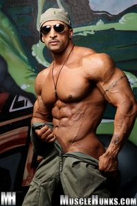 muscle hunks nude bodybuilder rico cane jerks fat muscle cock hunks photo his