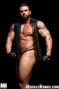 muscled hunks built muscle hunks xavier horny muscled bodybuilder mass stud gay porn movies here category men