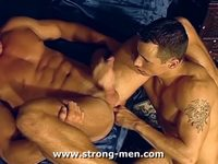 muscular men having gay sex videos muscle dudes having