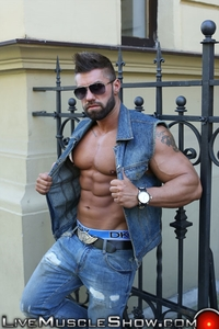 naked pics of sexy men lucas diangelo live muscle show gay naked bodybuilder nude bodybuilders muscles muscled photo gallery video