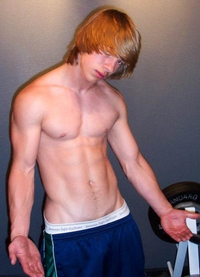 nice gay porn pretty boy showing off his nice hard muscles