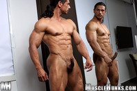 nude muscle males