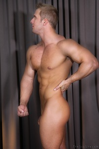 nude muscle man muscle hunk wrestler brad strips naked strokes his hard cock guy pic